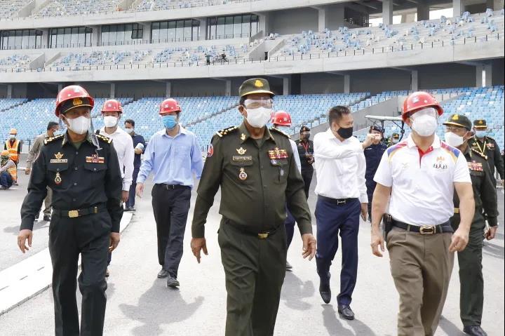 柬埔寨副首相、国防部长狄班亲王到援柬埔寨w88优德网站场项目督导检查